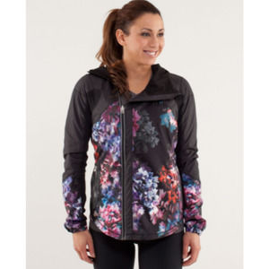 Lululemon Run Get Up And Glow Jacket Floral Size 4